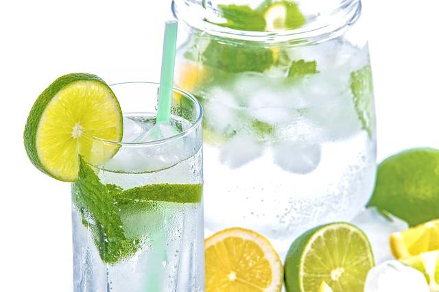 飲料CMの効果的な手法